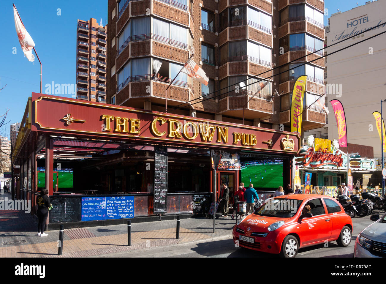 Benidorm, Costa Blanca, Spain, 25th February 2019. Two staff members at the Beachcomber pub in Benidorm New Town on the British square. Two British tourists have been arrested in relation to the alleged attack. Seen here is the Crown Pub which is not connected to the reported incident.  Credit: Mick Flynn/Alamy Live News Stock Photo