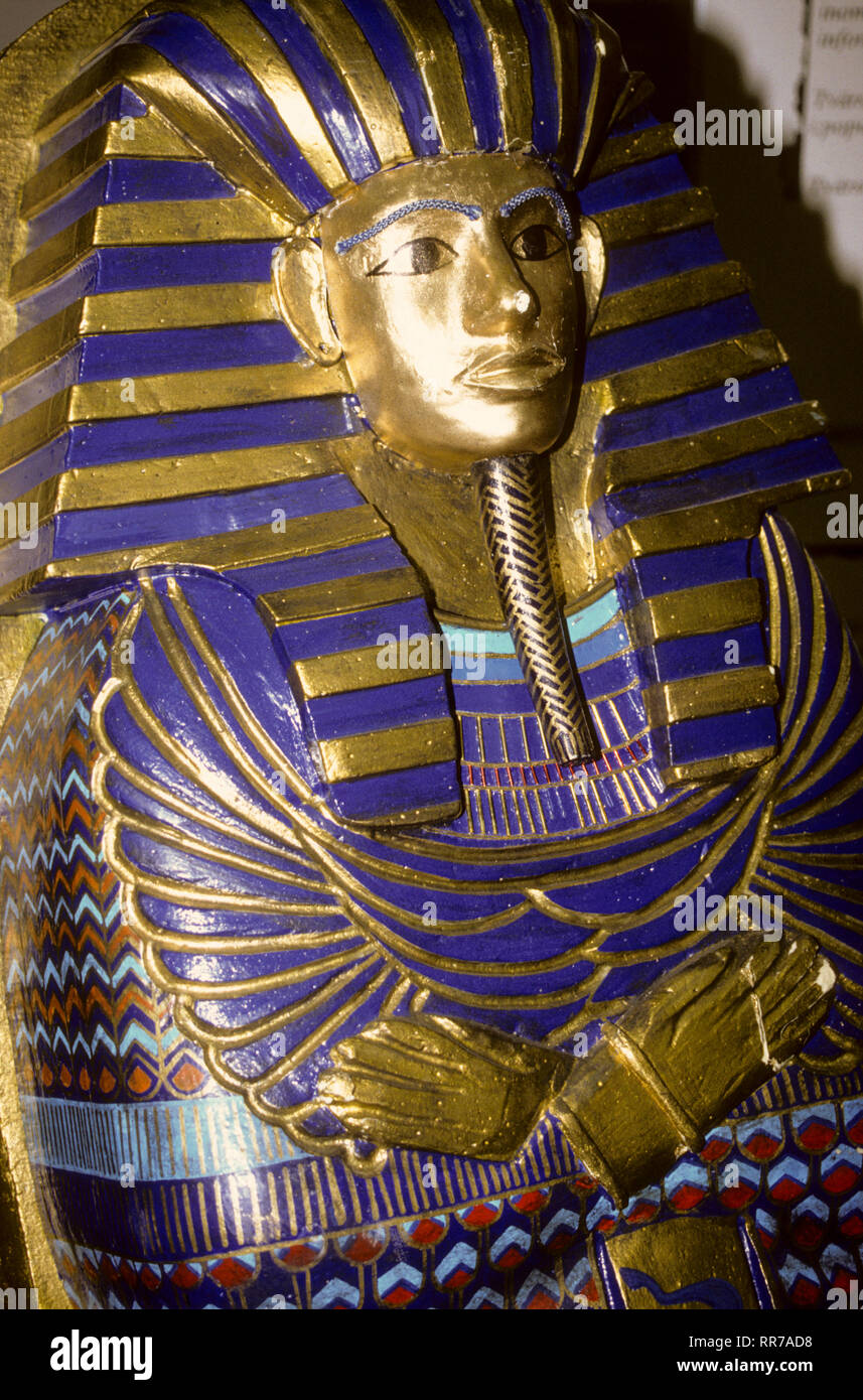 TUTANKHAMUNS Death mask at Museum of Egupt in Cairo - Stock Image