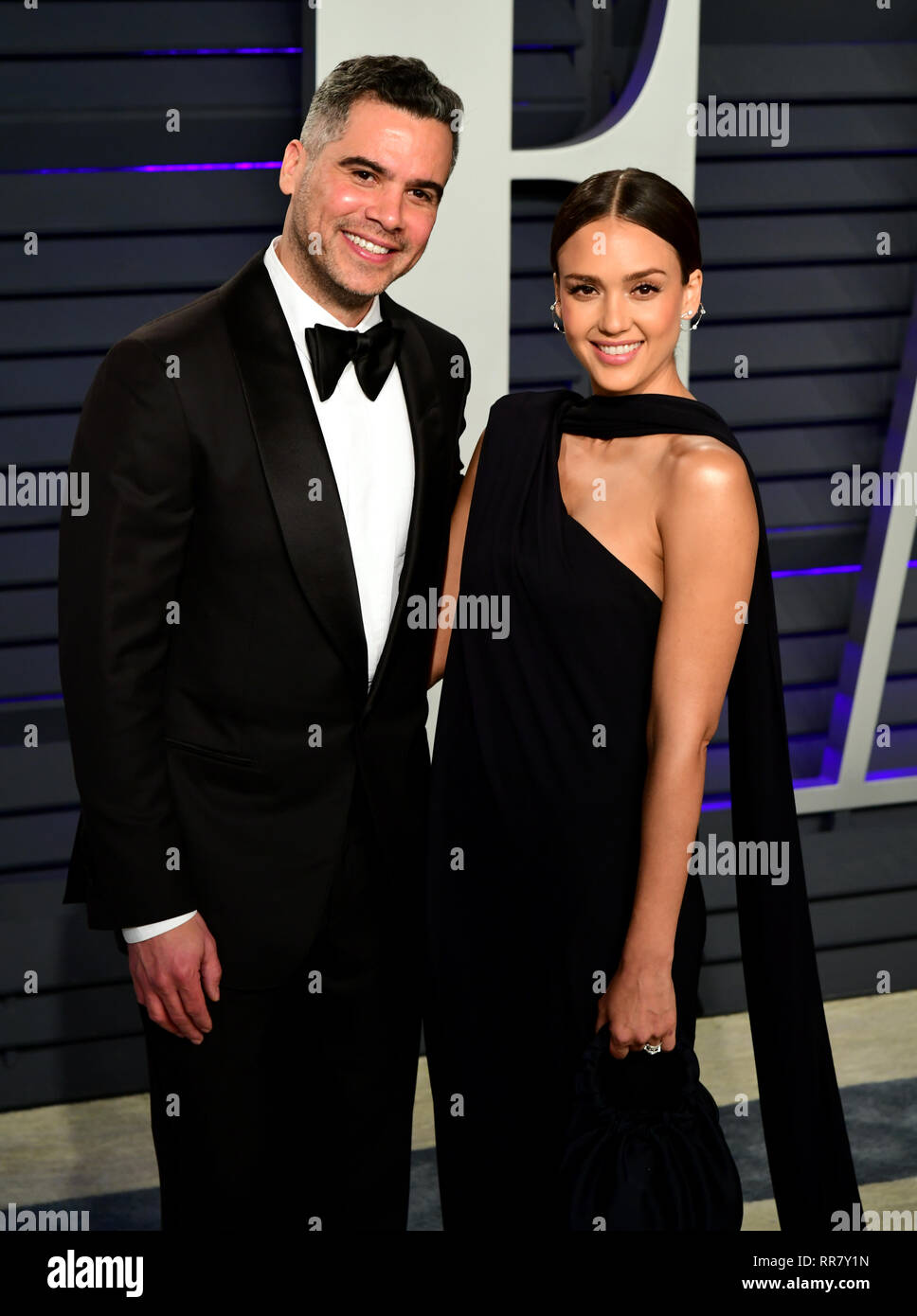 7294ebbb044 Cash Warren and Jessica Alba attending the Vanity Fair Oscar Party held at  the Wallis Annenberg Center for the Performing Arts in Beverly Hills