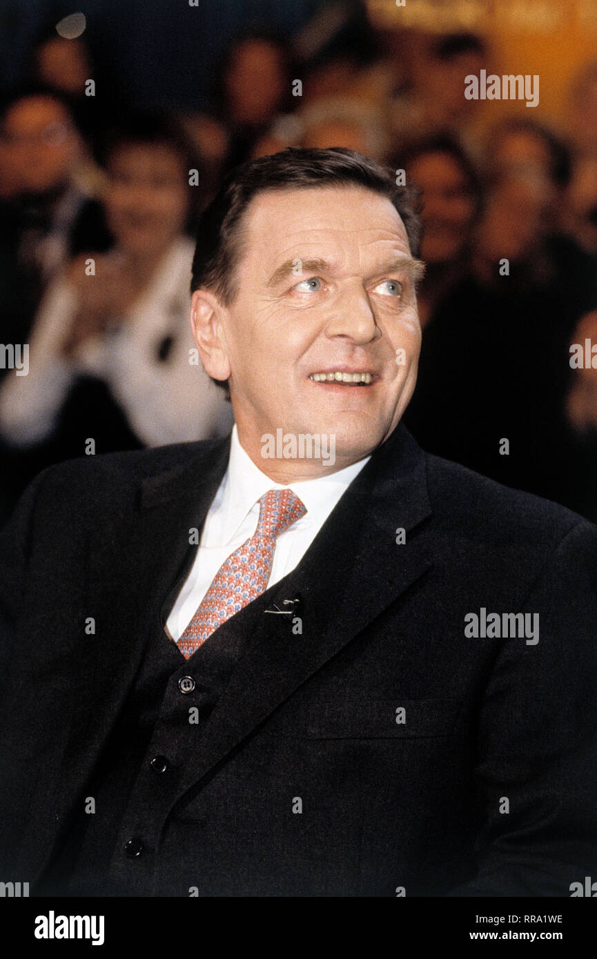 GERHARD SCHRÖDER / GERHARD SCHRÖDER (SPD), 1990. / Überschrift: GERHARD SCHRÖDER - Stock Image