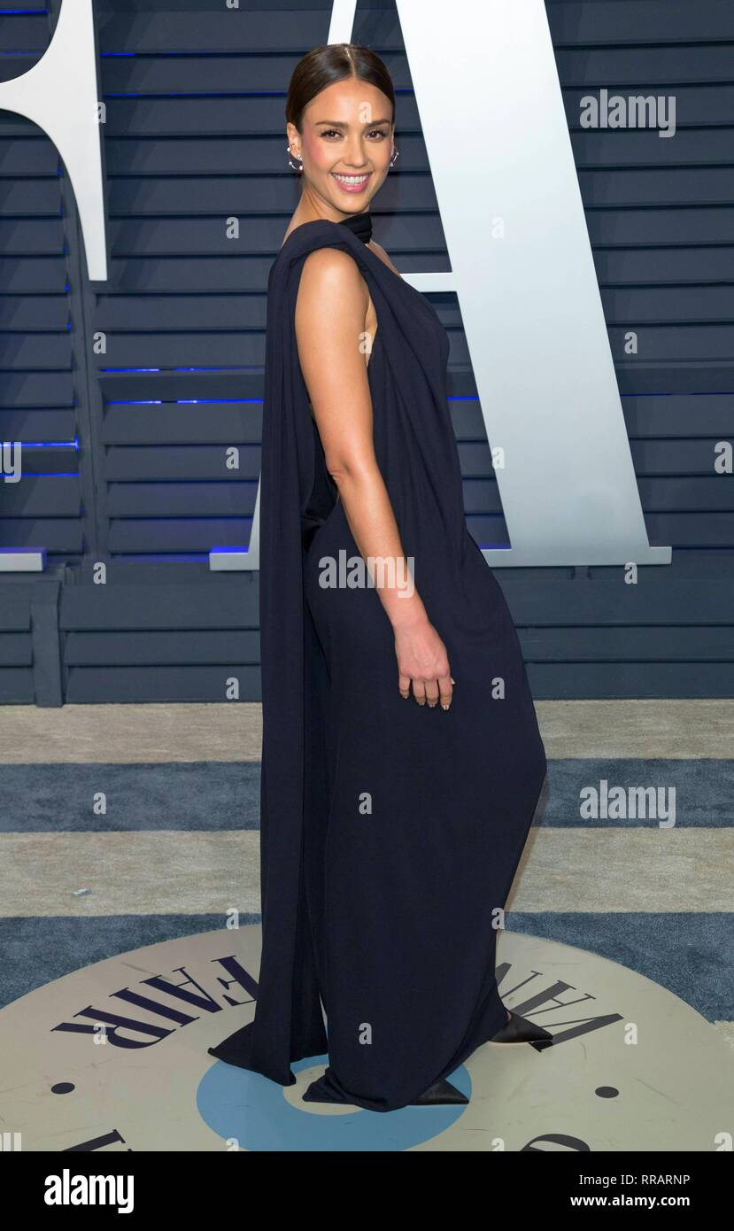 ba7b64c3a80 Jessica Alba attends the Vanity Fair Oscar Party at Wallis Annenberg Center  for the Performing Arts in Beverly Hills