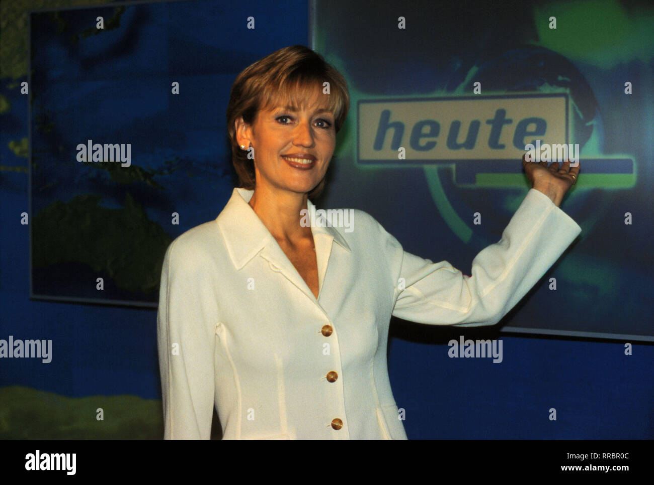 Die ZDF-Haupt-Nachrichten erscheinen im neuen Kleid. Die Moderatorin:  / PETRA GERSTER / Überschrift: HEUTE - Stock Image