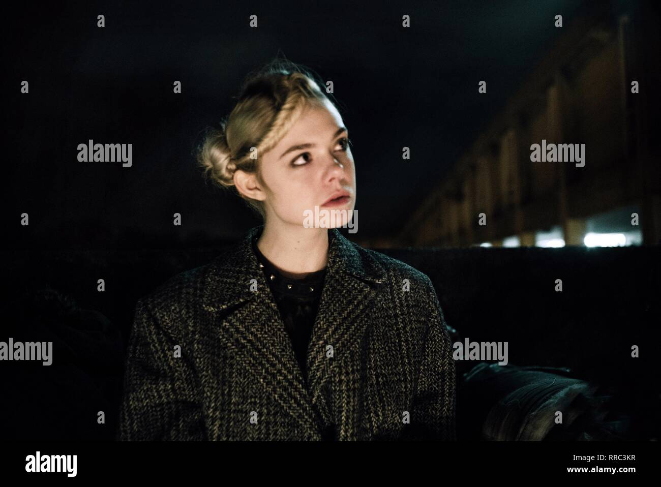 HOW TO TALK TO GIRLS AT PARTIES, ELLE FANNING, 2017 - Stock Image