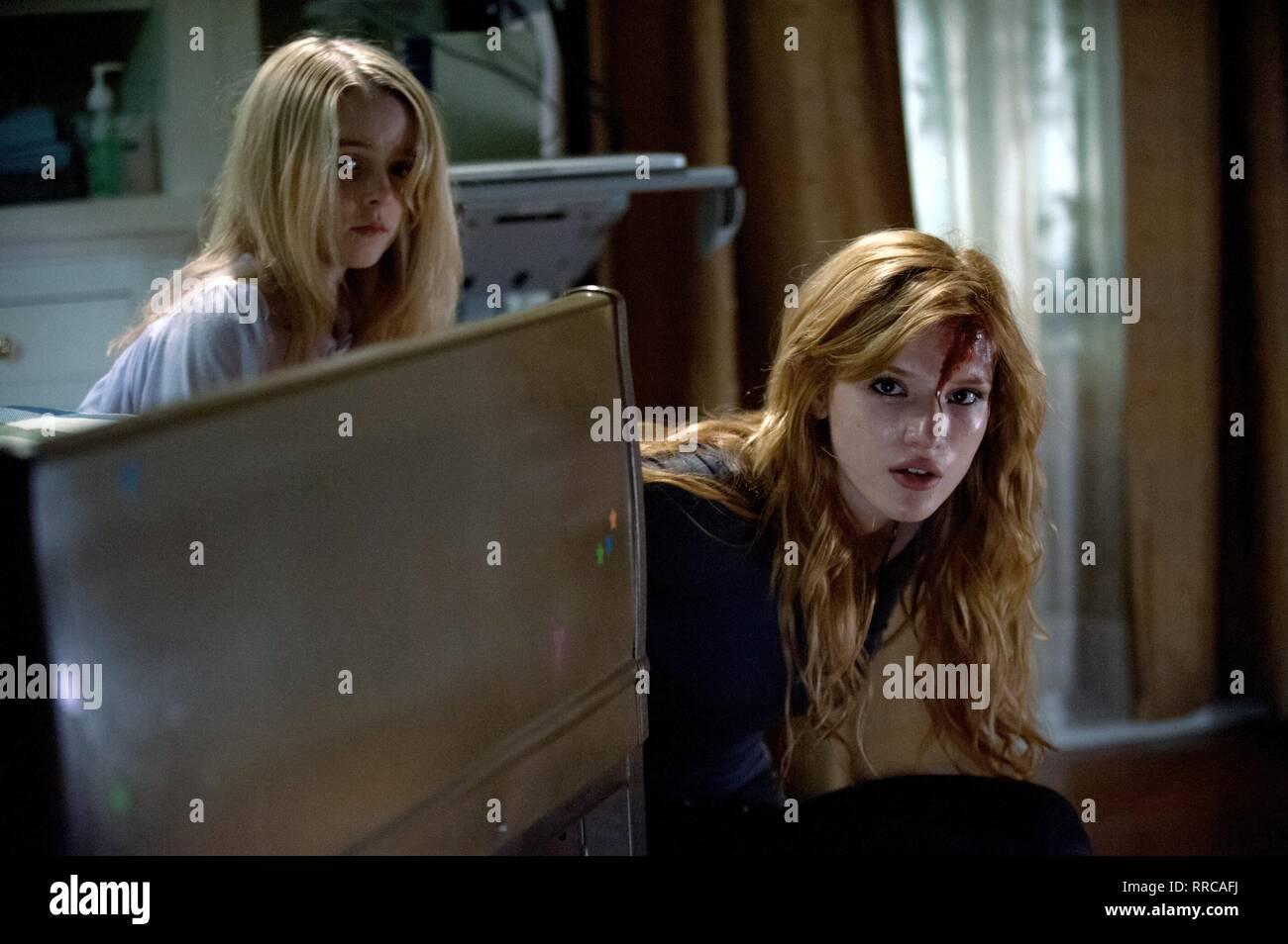 AMITYVILLE: THE AWAKENING, MCKENNA GRACE , BELLA THORNE, 2017 - Stock Image