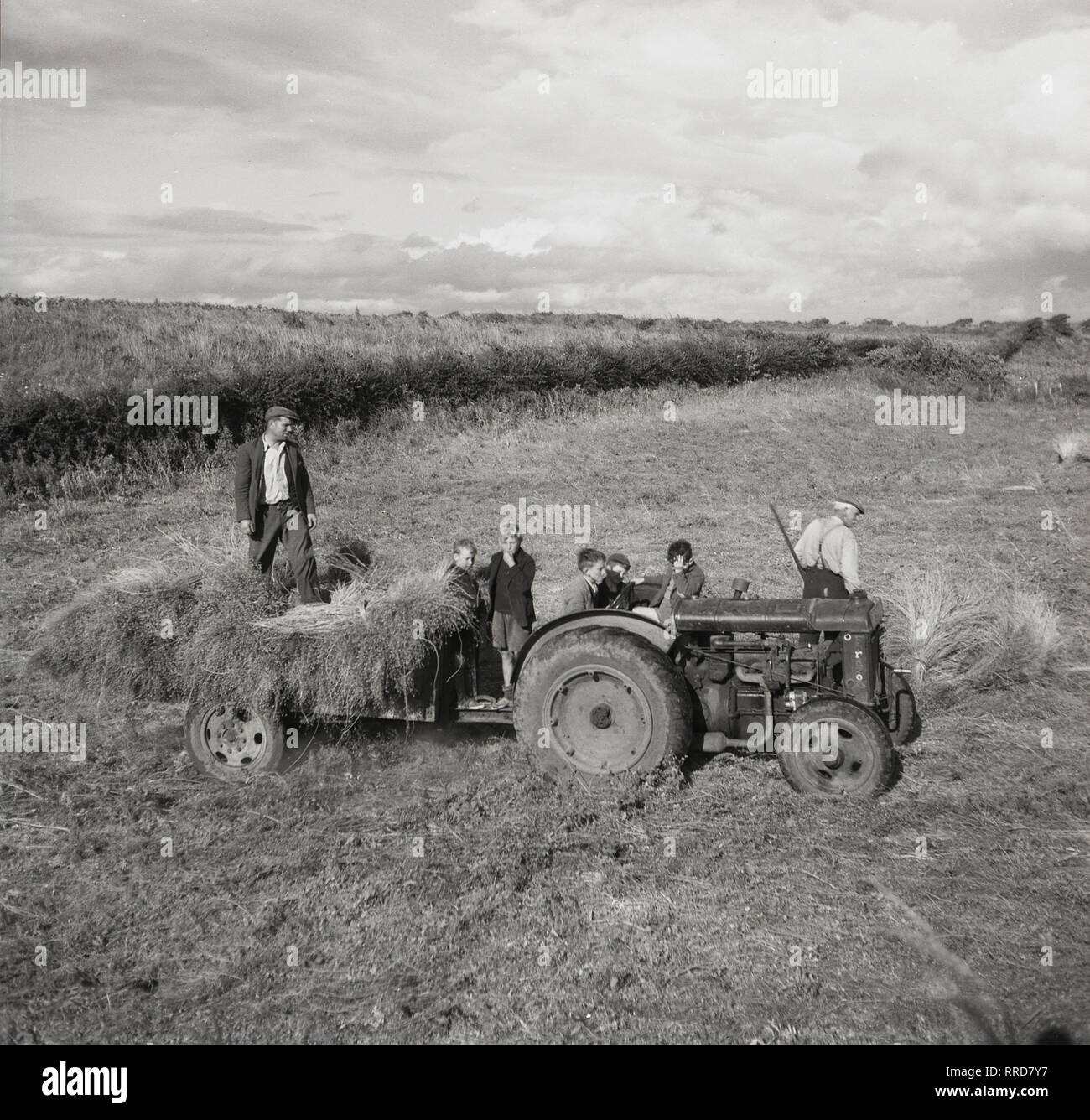 farm tractors a complete illustrated history