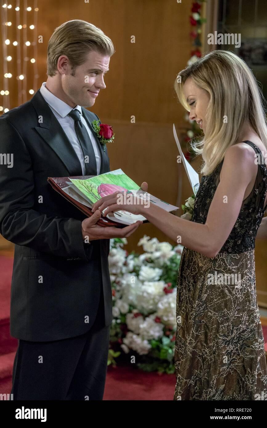 Marry Me At Christmas.Marry Me At Christmas Trevor Donovan Rachel Skarsten