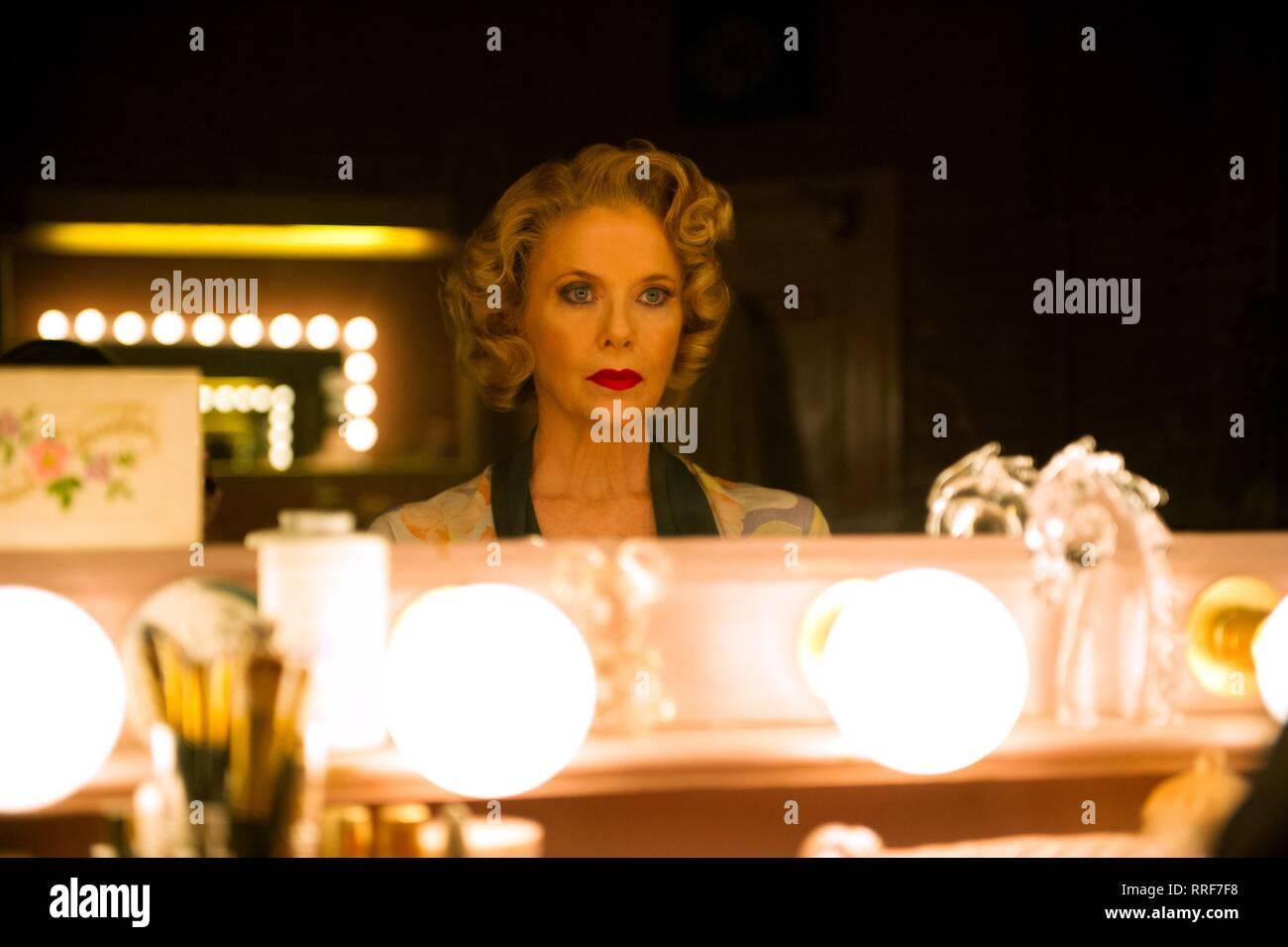 FILM STARS DON'T DIE IN LIVERPOOL, ANNETTE BENING, 2017 Stock Photo