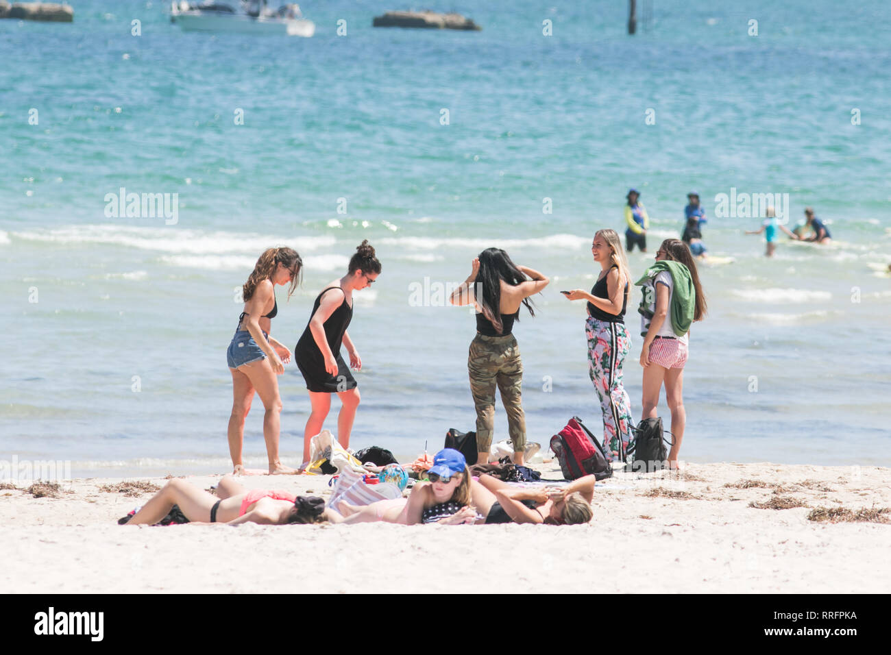 Adelaide, Australia  26th Feb, 2019  People espcape to the beach in
