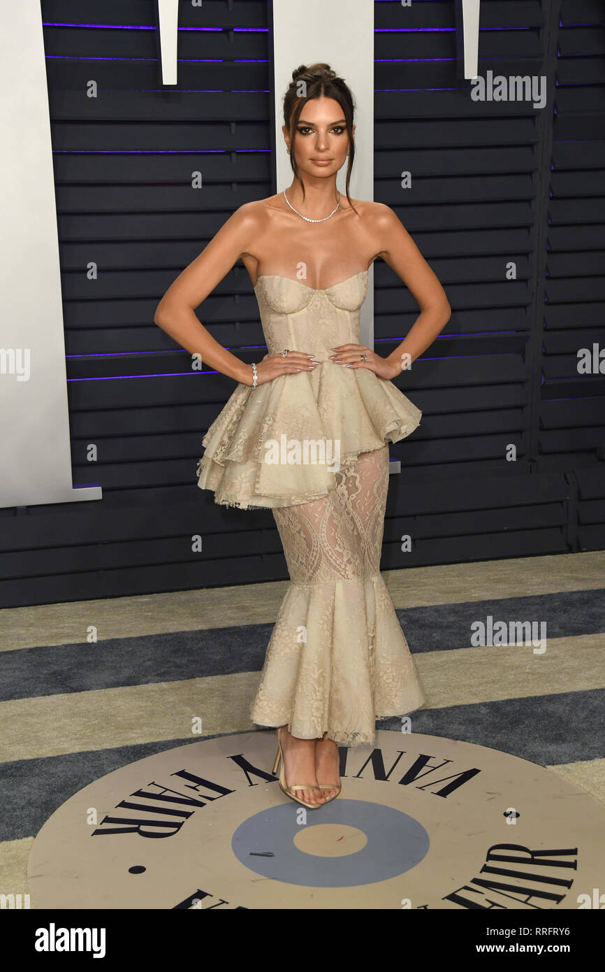 Los Angeles, California, USA. 24th Feb, 2019. 24 February 2019 - Los Angeles, California - Emily Ratajkowski. 2019 Vanity Fair Oscar Party following the 91st Academy Awards held at the Wallis Annenberg Center for the Performing Arts. Photo Credit: Birdie Thompson/AdMedia Credit: Birdie Thompson/AdMedia/ZUMA Wire/Alamy Live News - Stock Image