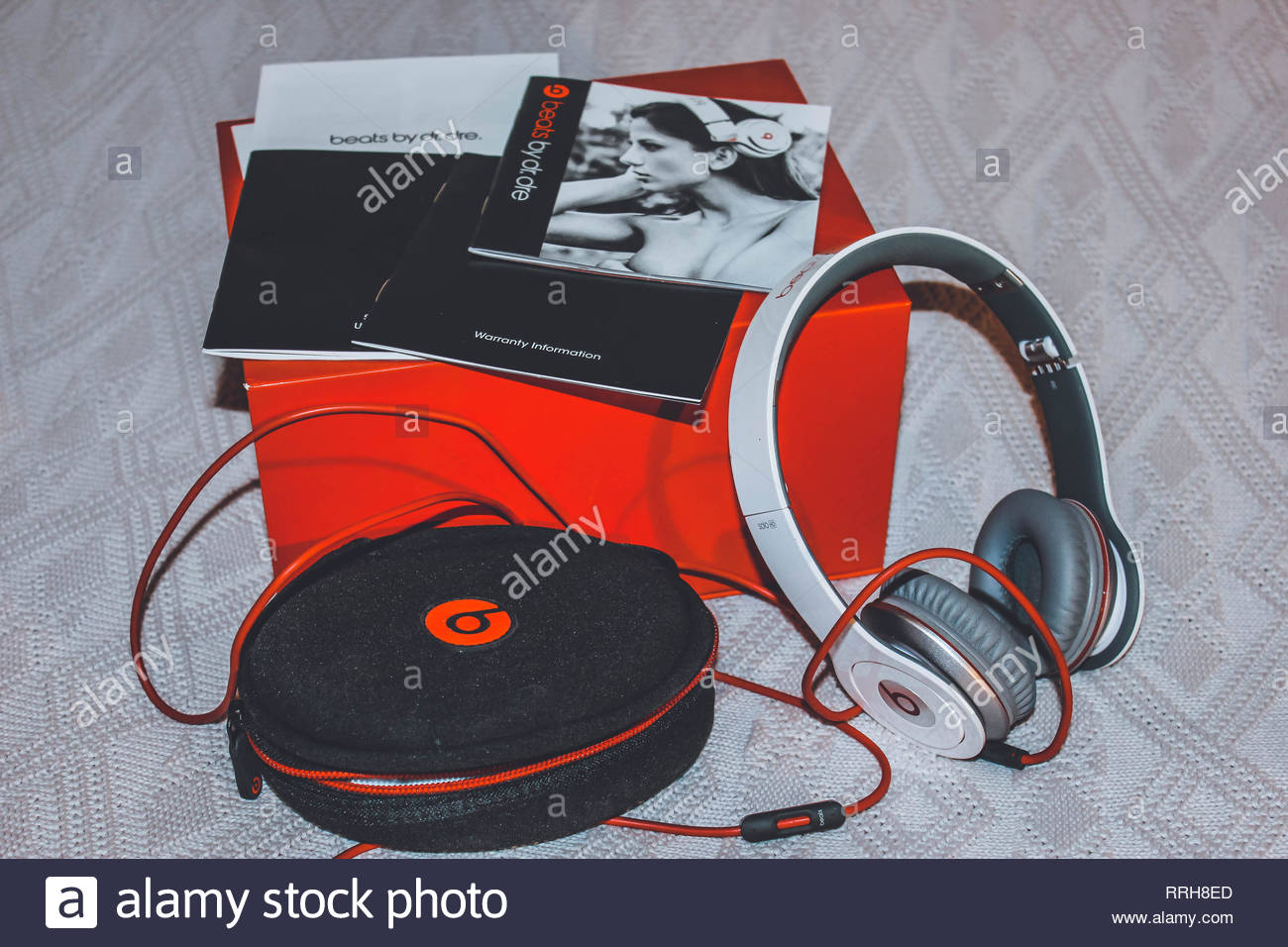 Headphones Beats By Dr Dre Solo Hd With Red Box And Black Bag Audio Products Image On Grey Background Stock Photo Alamy