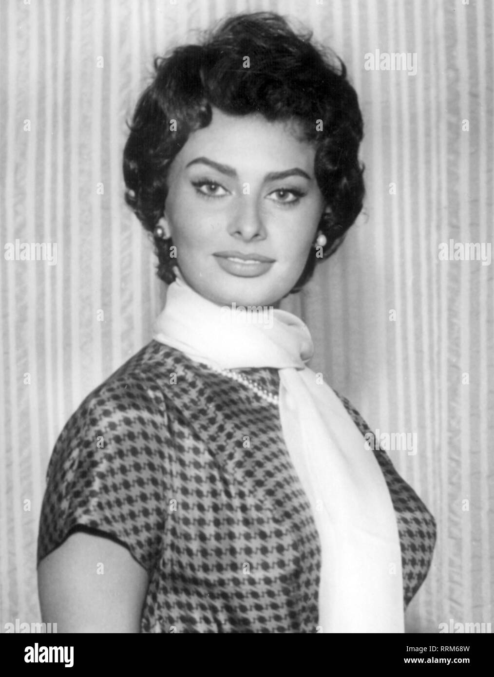 Sofia Loren High Resolution Stock Photography and Images - Alamy