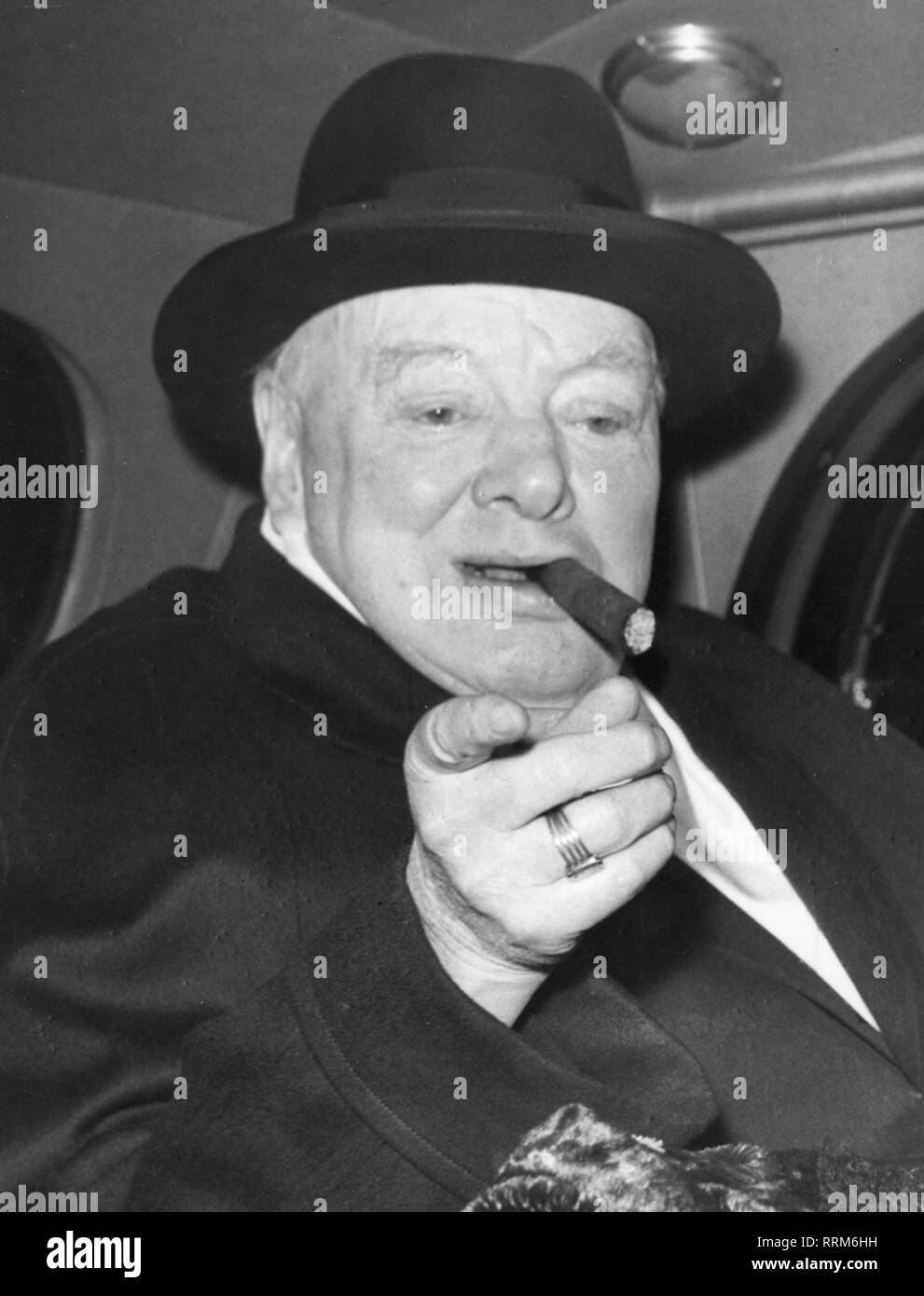 Churchill, Winston, 30.11.1874 - 24.1.1965, British politician (Cons.), portrait, in the car, late 1950s, Additional-Rights-Clearance-Info-Not-Available - Stock Image