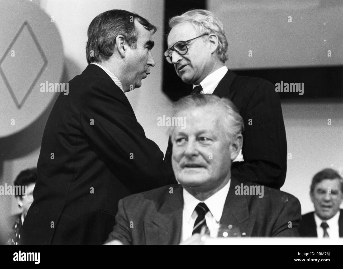 Waigel, 'Theo', * 22.4.1939, German politician (Christian Social Union), Federal Minister of Finance, 21.4.1989 - 26.10.1998, half-length, with Edmund Stoiber and Max Streibl, 1992, Additional-Rights-Clearance-Info-Not-Available - Stock Image