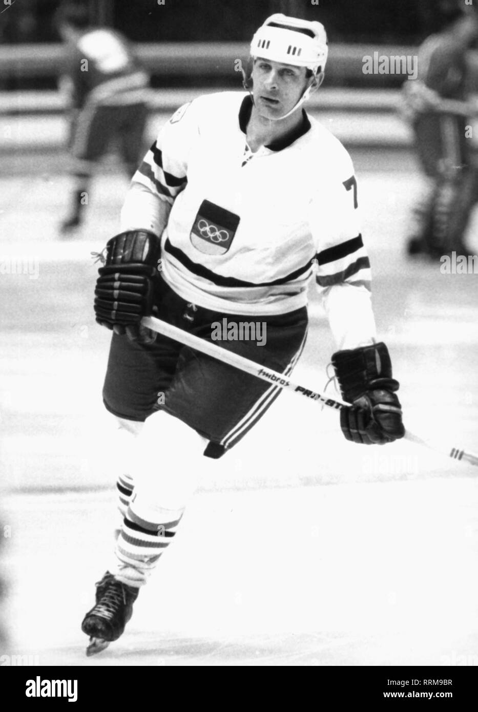 Koepf, Ernst (senior), * 10.2.1940, German ice-hockey player, striker of Augsburg EV, as international at the world championship in Bucuresti, full length, 25.2.1970, Additional-Rights-Clearance-Info-Not-Available - Stock Image