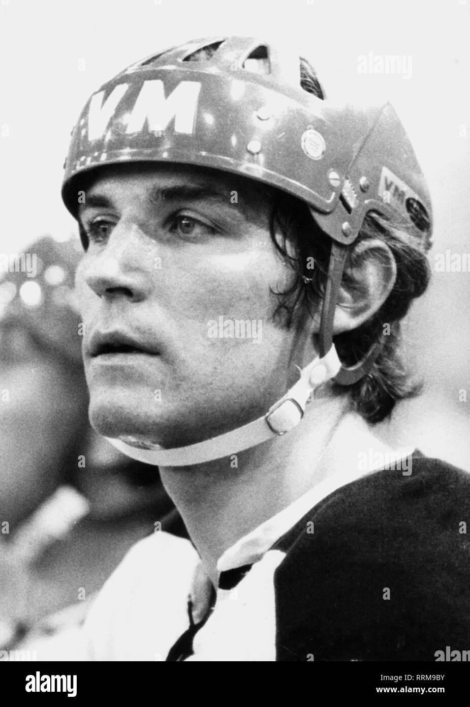Schloder, Alois, * 11.8.1947, German ice-hockey player, striker of EV Landshut, as international at the Olympic winter games in Sapporo, portrait, 9.2.1972, Additional-Rights-Clearance-Info-Not-Available - Stock Image