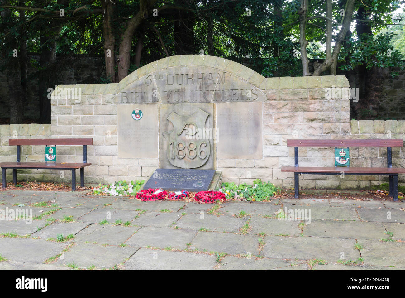 Durham Light Infantry  memorial in Saltwell Park, Gateshead, Tyne and Wear. The memorial to men who died in war of 1900-1945. The memorialwas unveiled Stock Photo