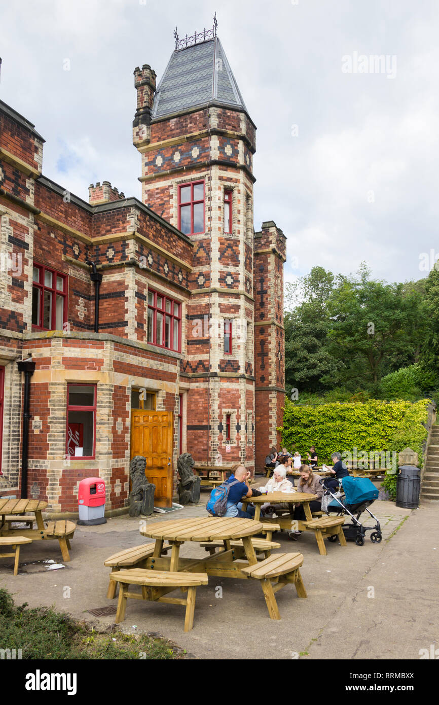 Outside terrace seating at Saltwell Towers cafe in Saltwell Park, Gateshead, Tyne and Wear. Stock Photo