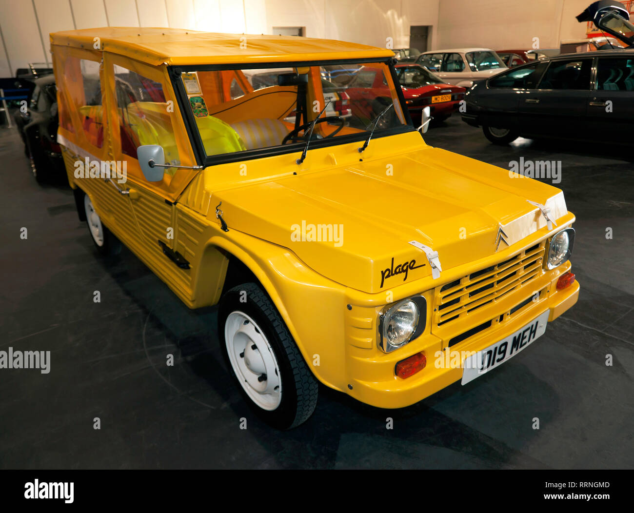 Three-quarters front view of a 1987 Citroën Méhari Plage, on display in the Paddock area of the 2019 London Classic Car Show - Stock Image