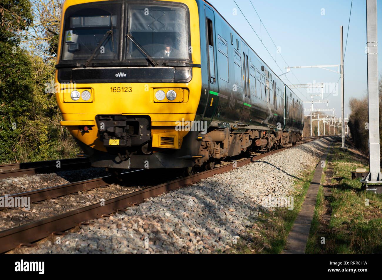 Train lines and trains, UK, local train service, GWR, Class 165/1 Networker Turbo - Stock Image