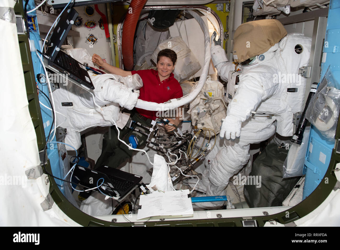 astronauts aboard the international space station - photo #24