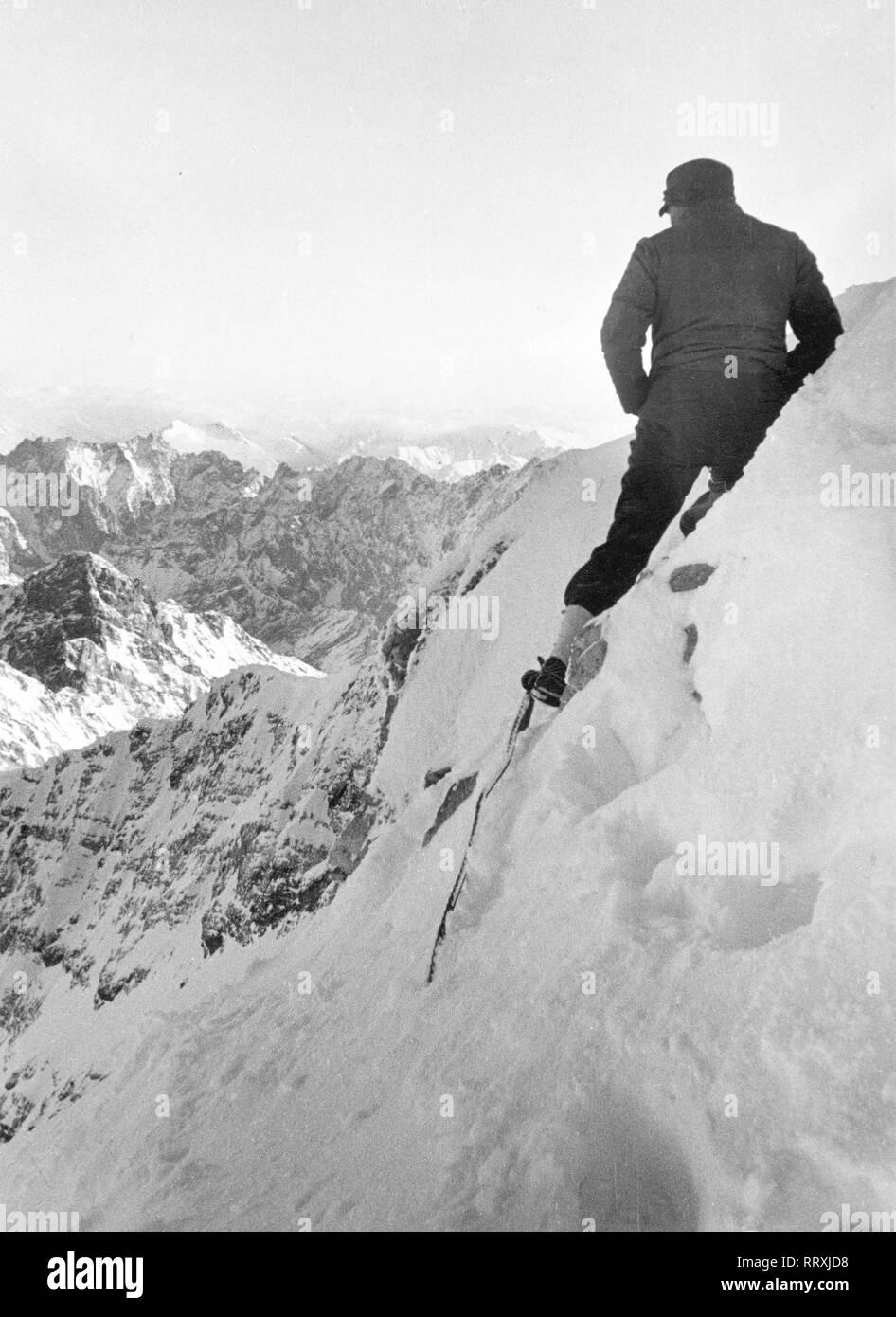 Germany - Bergsteiger im Wettersteingebirge Stock Photo