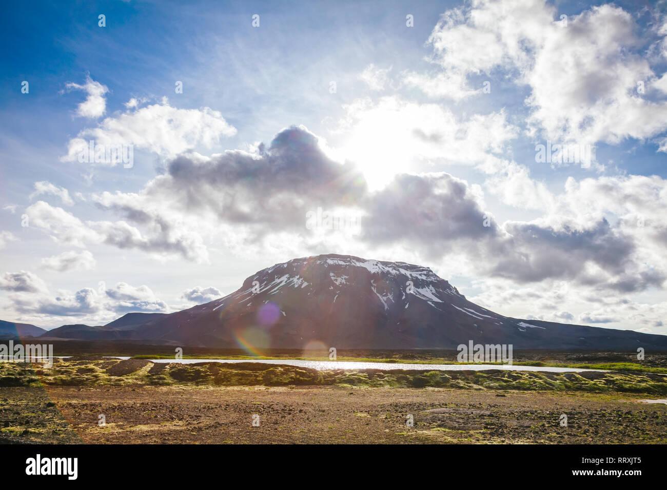 Herdubreid tuya (flat-topped steep-sided volcano) mountain in Ódáðahraun lava field Highlands of Iceland Northeast Iceland, Scandinavia, with lens fla - Stock Image