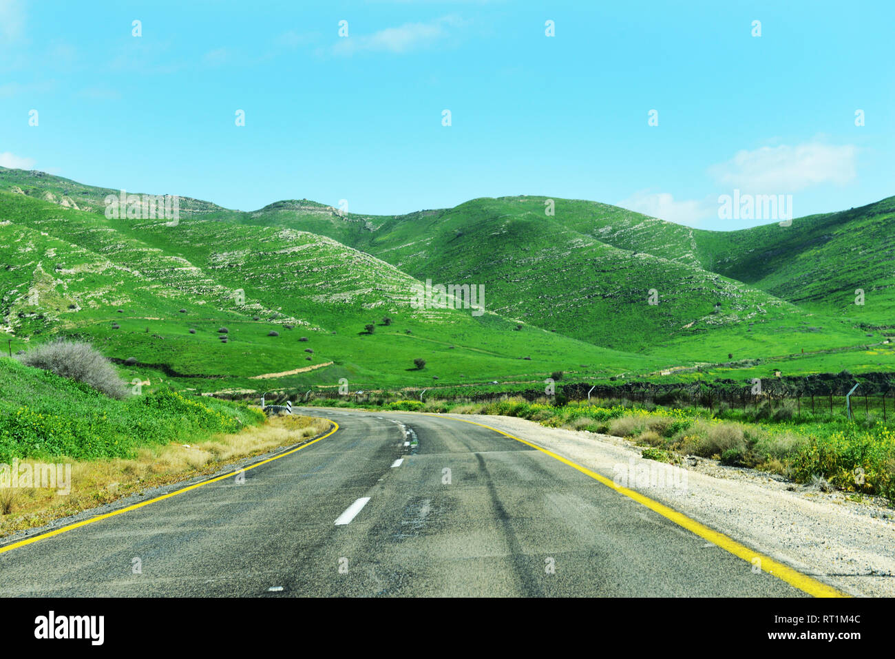Driving through the beautiful landscapes of the Golan Heights. - Stock Image