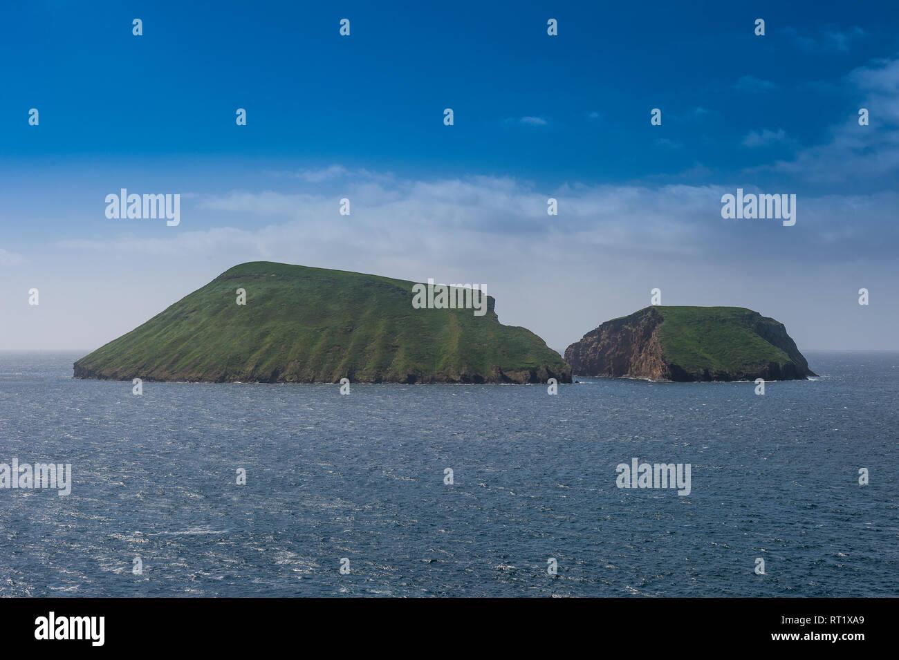 Portugal, Azores, Island of Terceira, Ilheus das Cabras, island broken in two parts - Stock Image