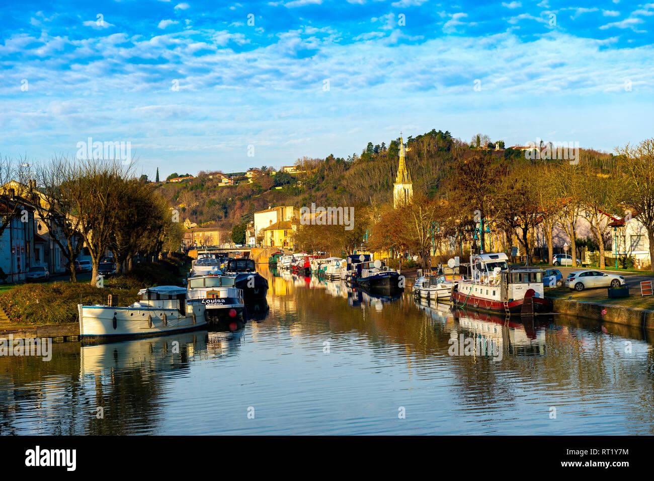 Ville de Moissac Tarn et Garonne Occitanie France Europe 82 Stock Photo