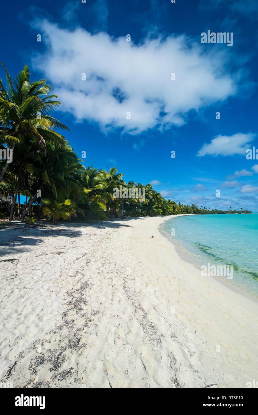 Cook Islands, Rarotonga, Aitutaki lagoon, beach - Stock Image