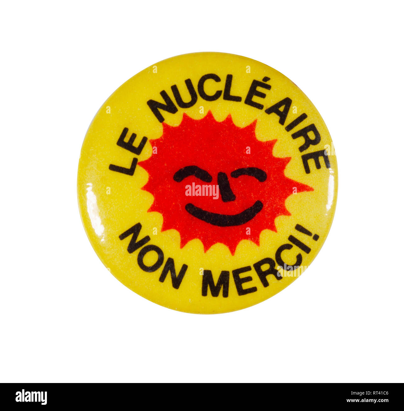 French non nuclear badge from the 1970s. Le Nucléaire non merci! - Stock Image