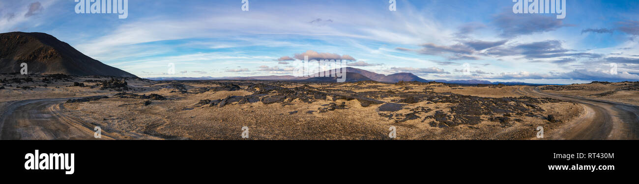 Panoramic view of Ódáðahraun (Lava of Evil Deeds), the largegst Icelandic lava field with desert sands volcanic ash and lava formations at Highlands o - Stock Image