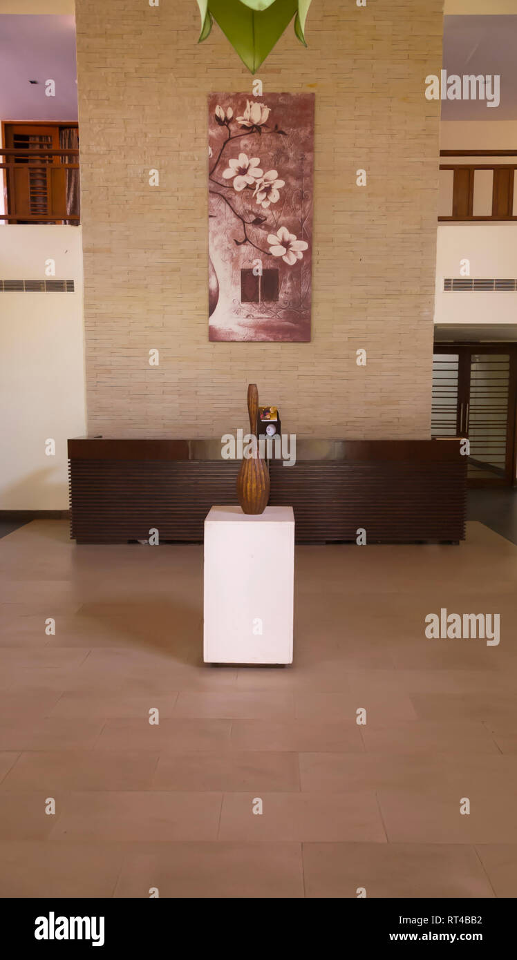 The interior layout and the reception of one of the buildings at the Golkonda Resorts and Spa at Hyderabad, Telangana, India. - Stock Image