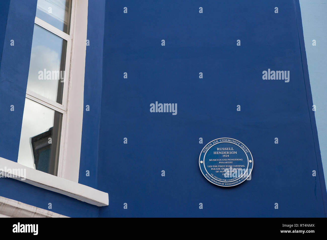 Blue Plaques celebrating individuals who organised and developed the annual Notting Hill Carnival: Russell Henderson - Stock Image