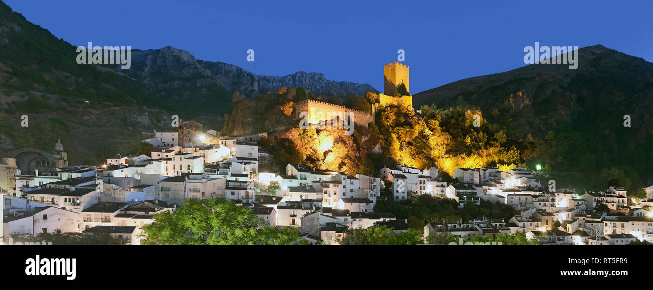 Panoramic view with La Yedra Castle at dusk. Cazorla. Jaen province. Region of Andalusia. Spain. Europe - Stock Image