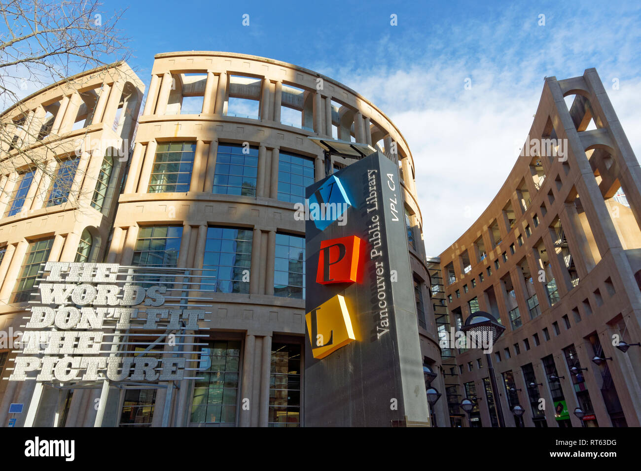 Exterior of Vancouver Public Library VPL central branch building designed by Moshe Safdie, downtown Vancouver, BC, Canada - Stock Image