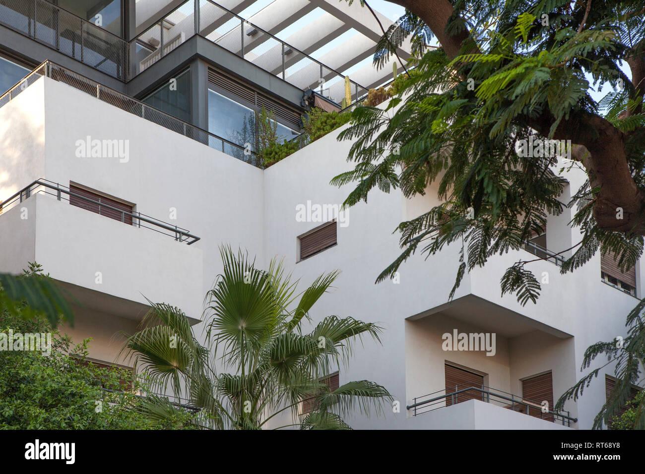 Israel, Tel Aviv, White City, Rothschild Boulevard, Bauhaus style - Stock Image