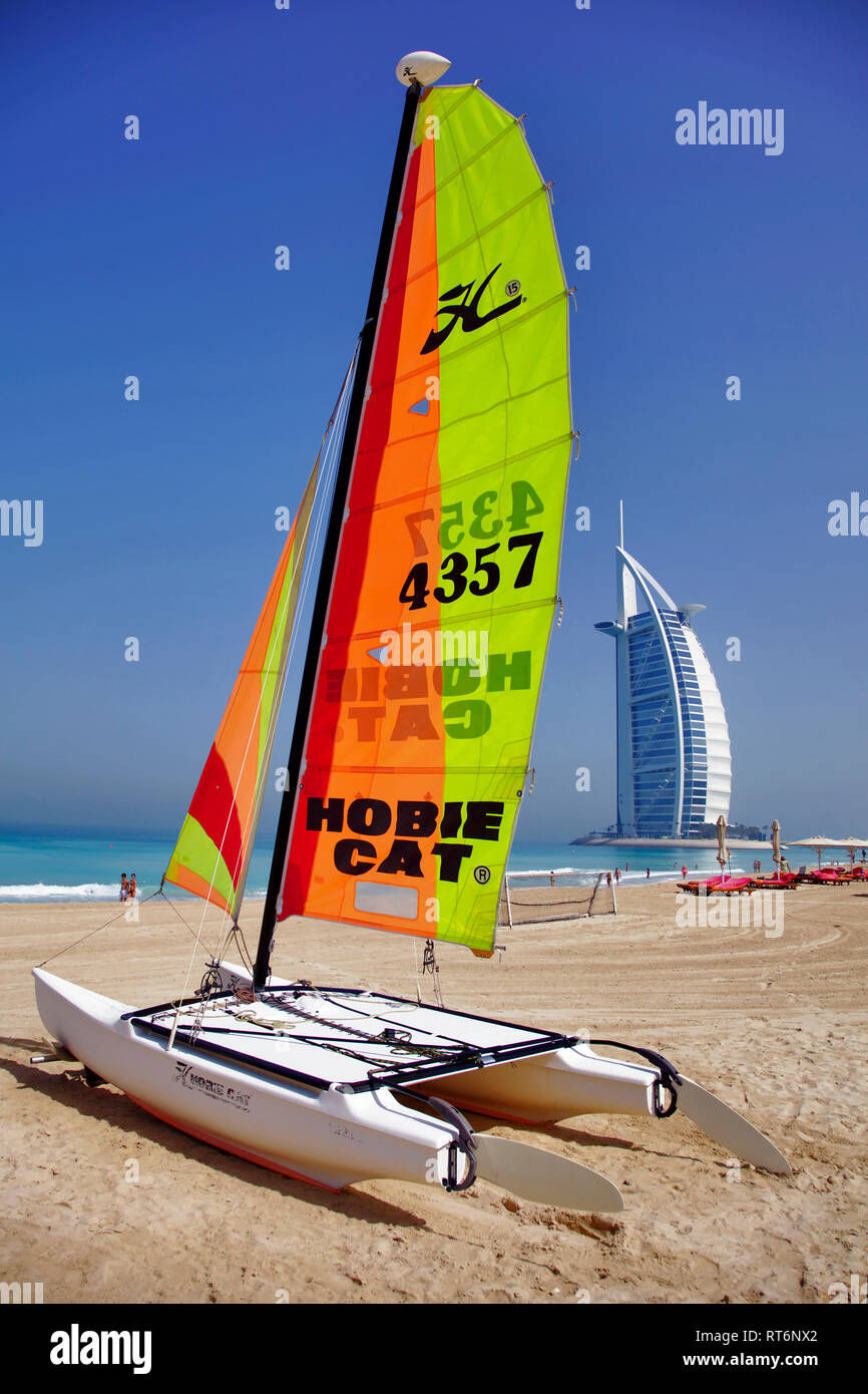 Luxury hotel Burj al Arab, Jumeirah Beach, Dubai, United Arab Emirates, Middle East, Asia - Stock Image