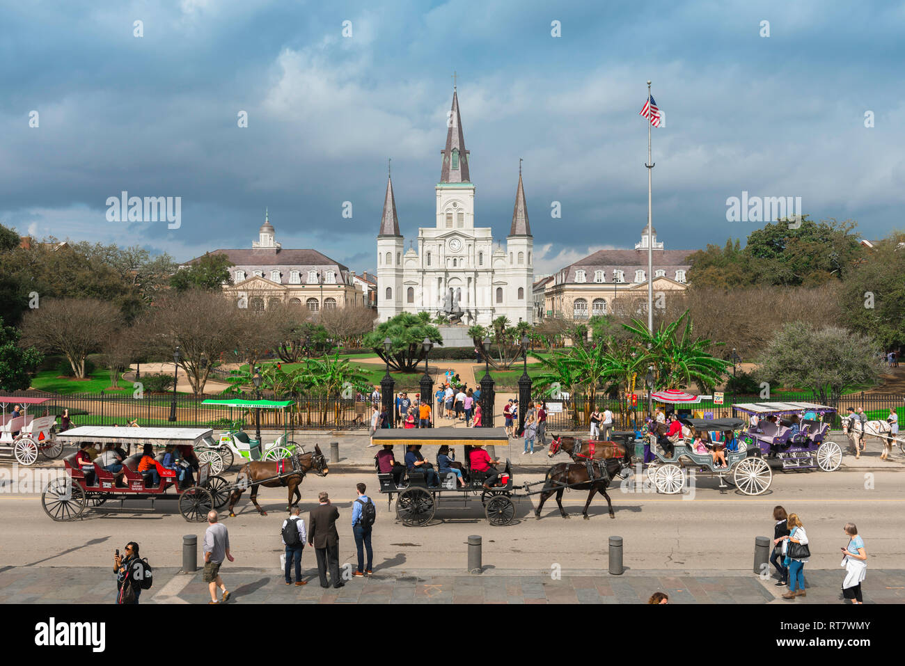 New Orleans Jackson Square, view across Decatur Street towards Jackson Square and the St Louis Cathedral in the center of the French Quarter, USA - Stock Image