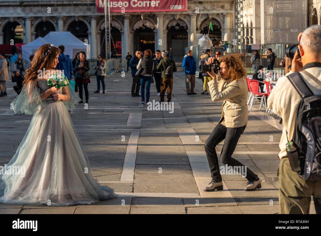 Wedding Fotoshooting on Piazza San Marco - Stock Image