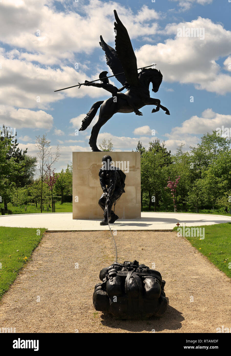 Parachute Regiment Memorial at the National Memorial Arboretum Staffordshire, England - Stock Image