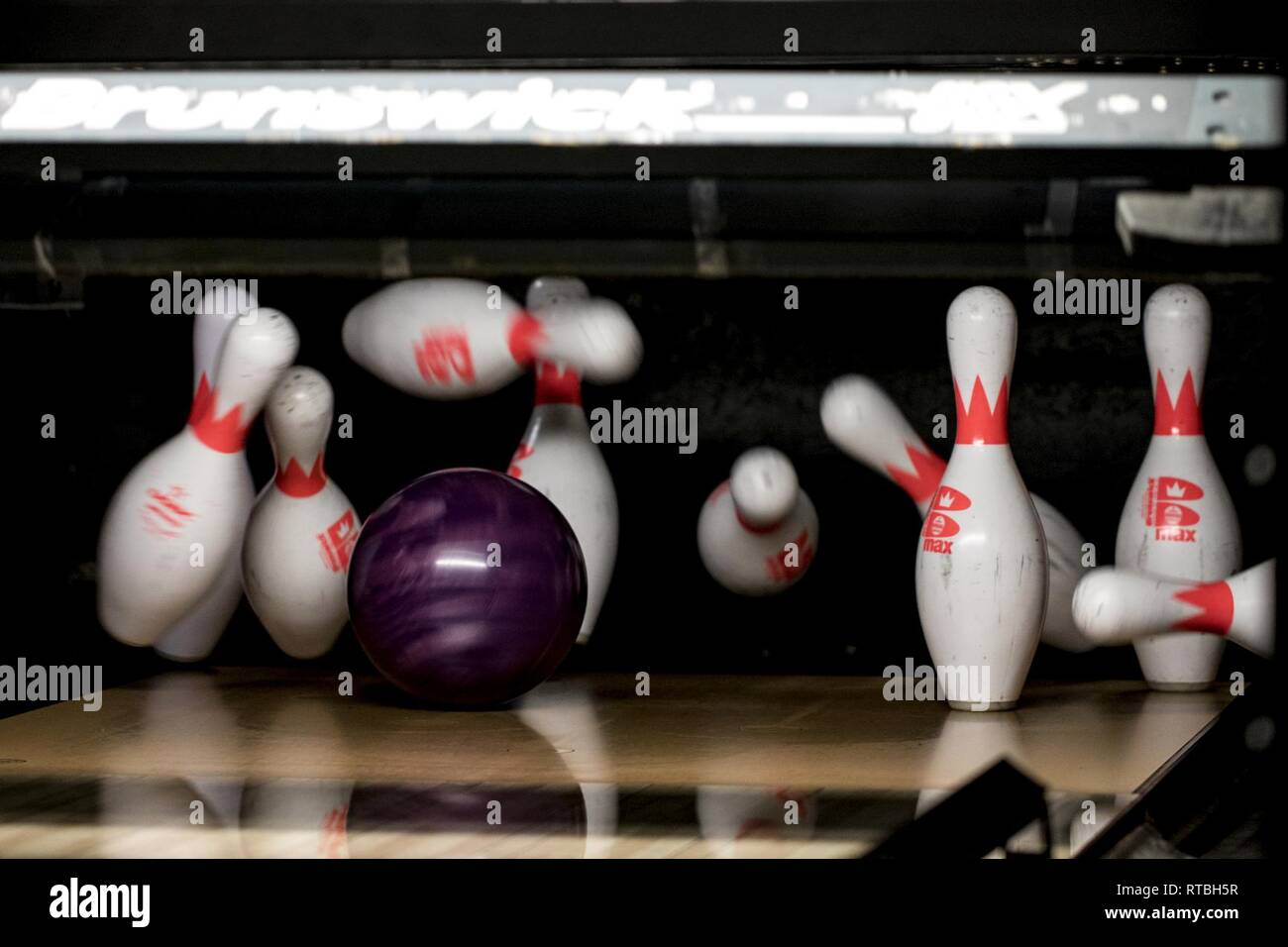 Bowling For Strikes High Resolution Stock Photography And Images Alamy