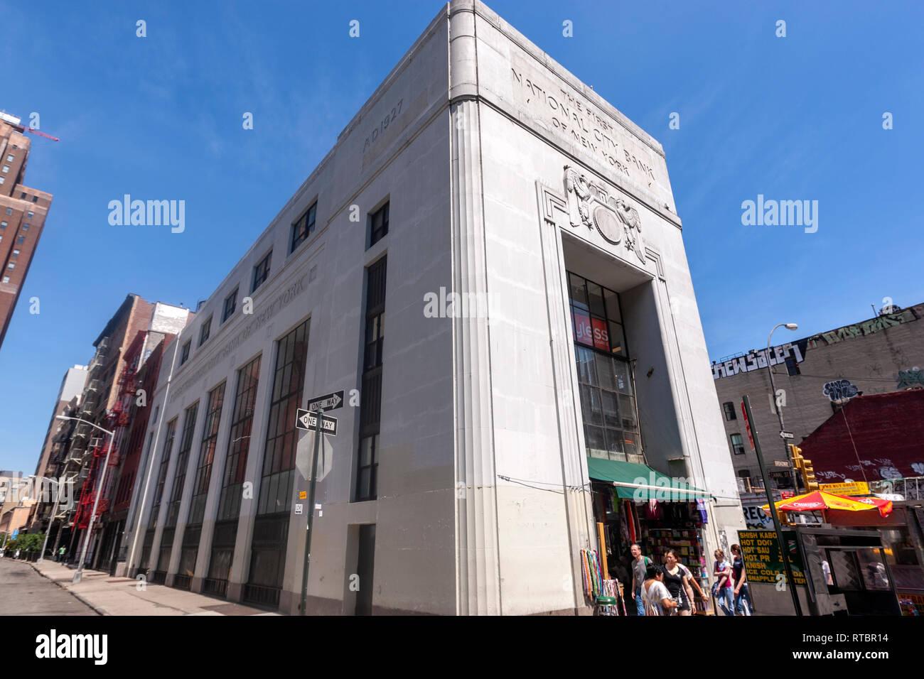 Art Modern First National City Bank of New York building, 415 Broadway, Manhattan, New York, USA - Stock Image