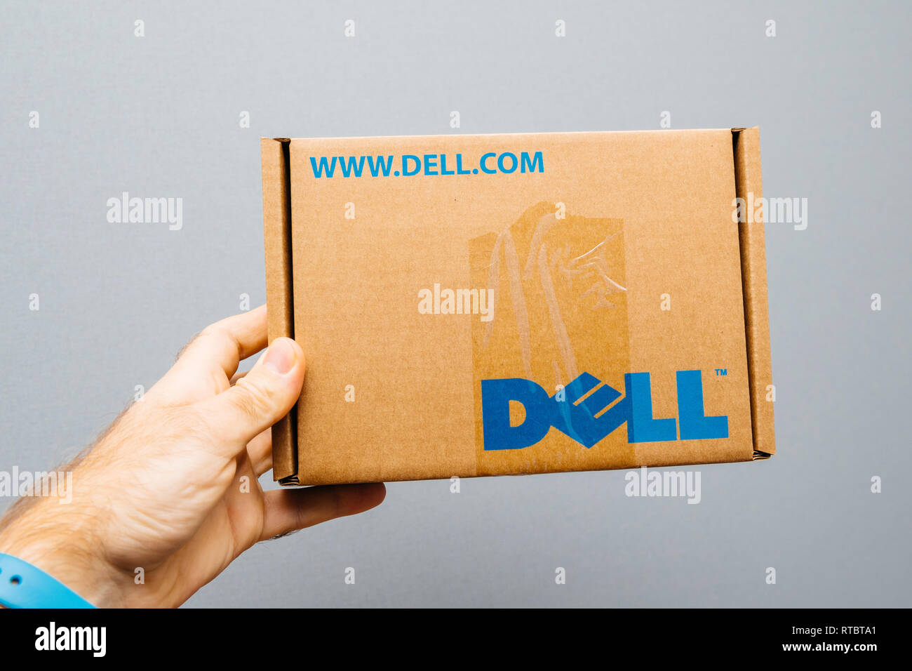 Dell Laptop Stock Photos & Dell Laptop Stock Images - Alamy