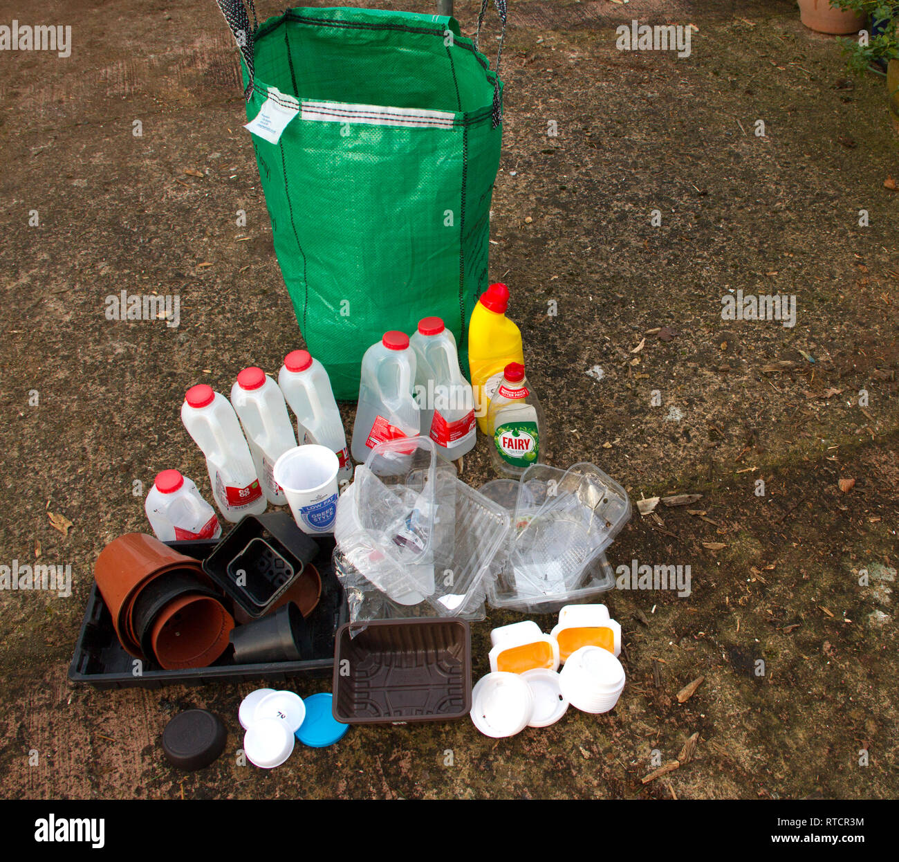 Plastic recycling x 2 weeks - single person household - Stock Image