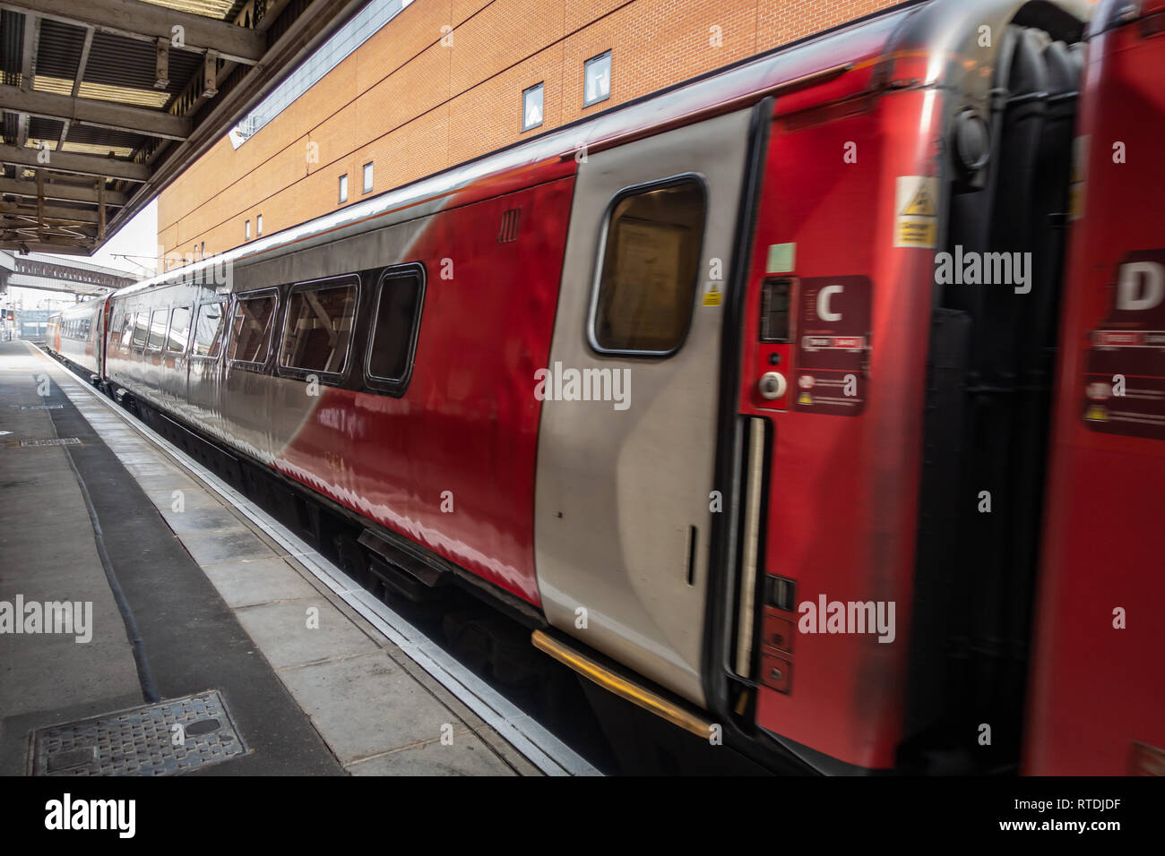 Doncaster to London train pulling into Doncaster Station, Yorkshire, England - Stock Image