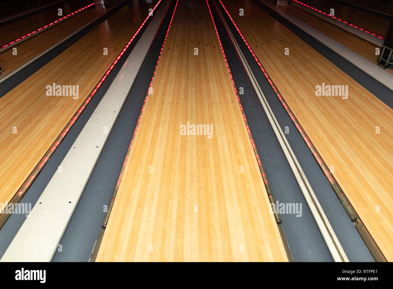 Close-up of empty bowling alley Stock Photo: 238833449 - Alamy
