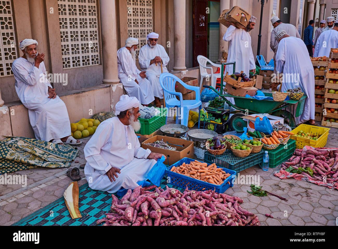 Sultanate of Oman, Ad-Dakhiliyah Region, Nizwa, friday vegetable market Stock Photo