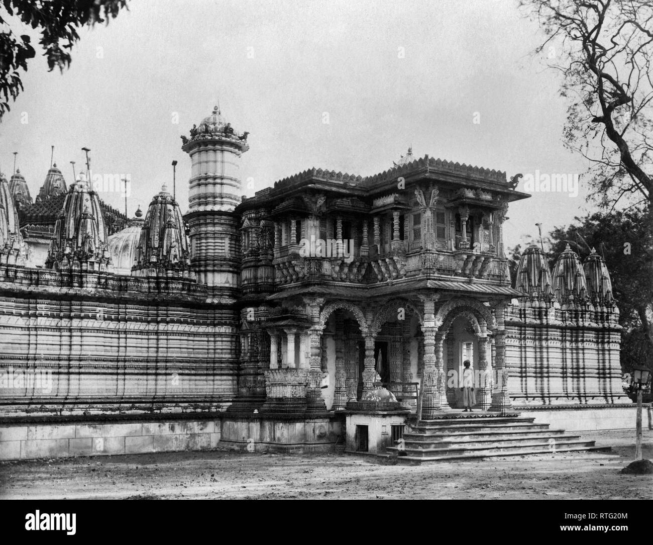 Hutheesing Temple, Jain temple in Ahmedabad in Gujarat, India, 1900-10 - Stock Image