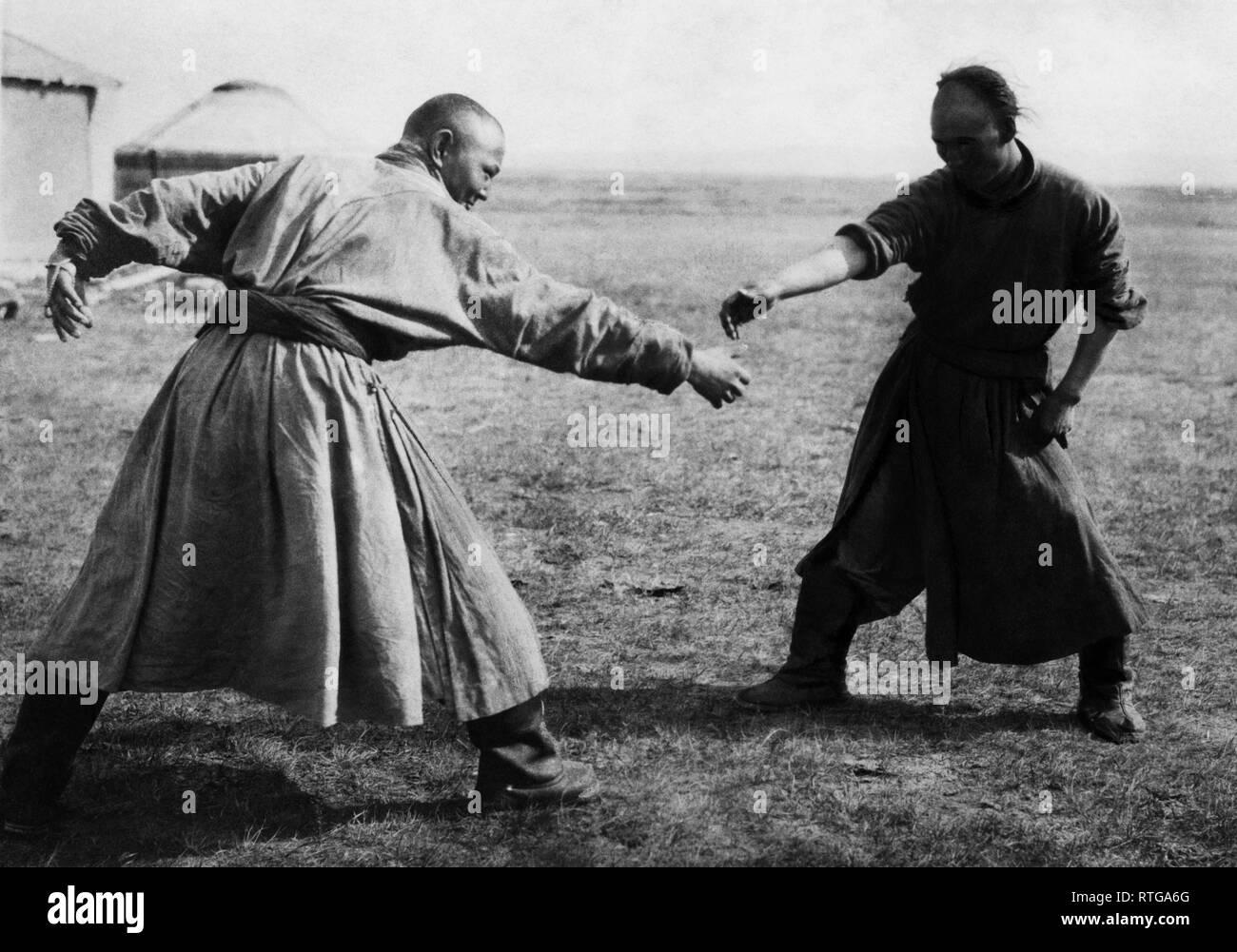 asia, mongolia, fighting exercises in eastern mongolia, 1920 - Stock Image